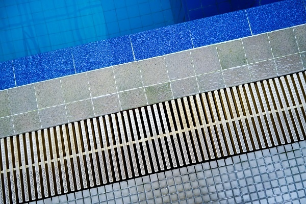 channel drain, pool drain grates, outdoor grates